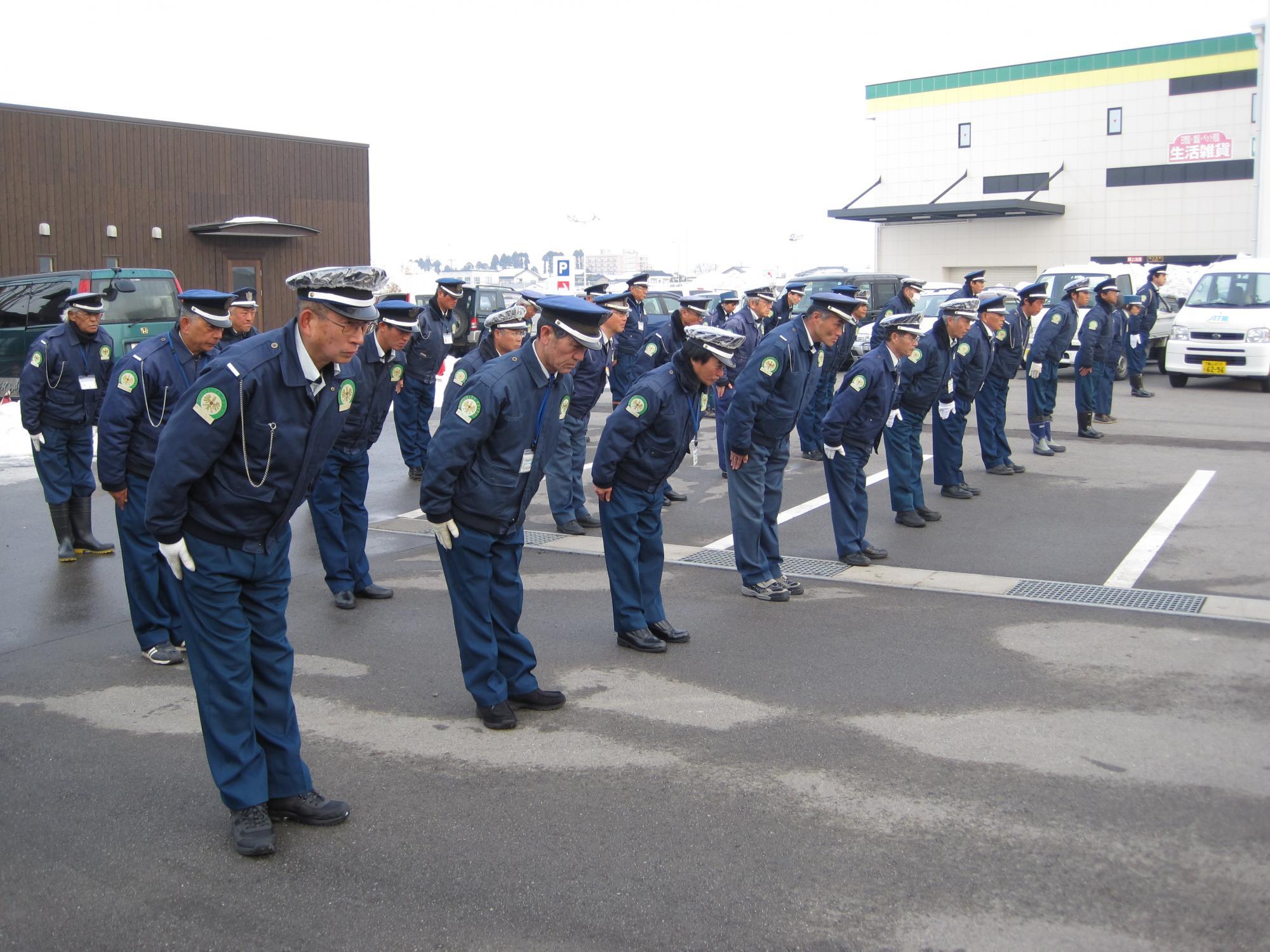 【パート】富山県内の交通誘導警備 ※経験者優遇 未経験者歓迎 シニア歓迎