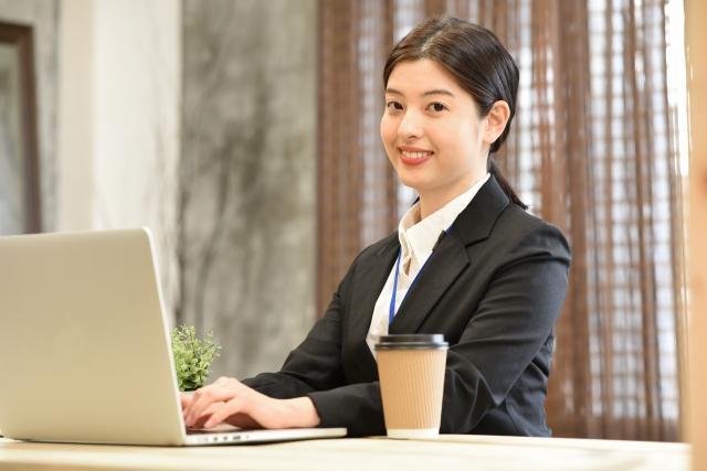 経験者大歓迎(ブランクOK) 安定収入の事務職 昇給・賞与あり/大型連休アリ